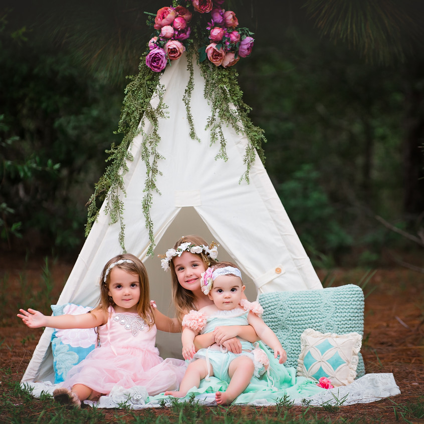 Vintage Floral Tent Photo Shoot