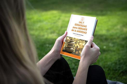books-mockup-2-ok.jpg