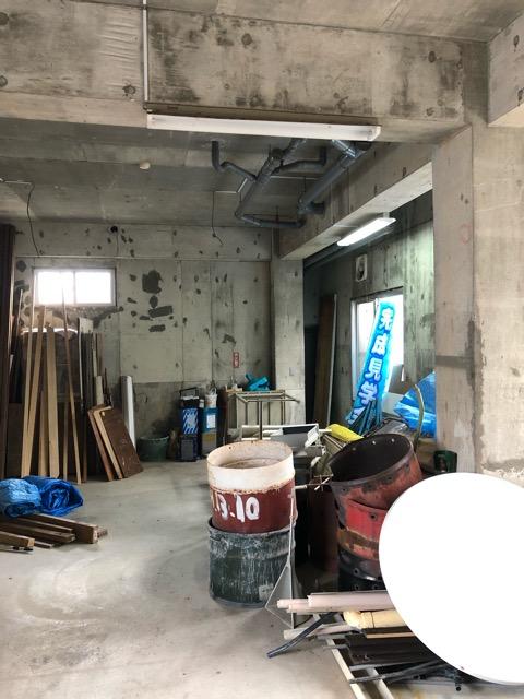廃材撤去前倉庫内写真5
