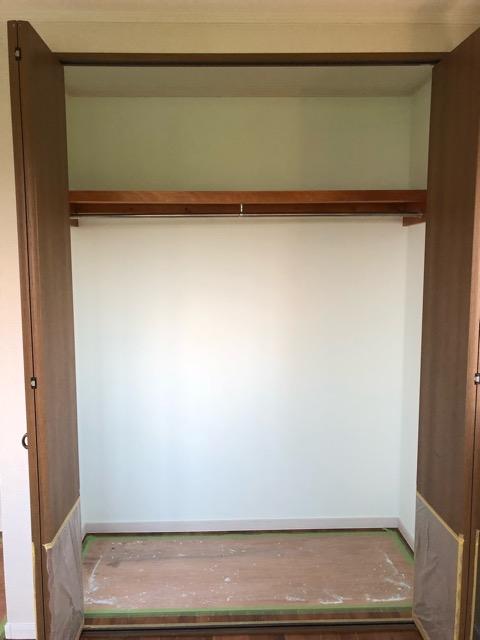 1階寝室収納DIY後写真