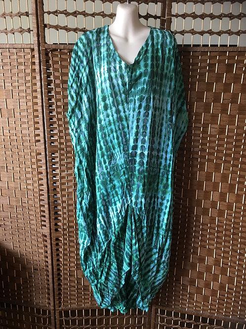 Kaftan dress shorter front