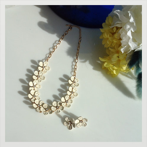 Mary Fleur necklace