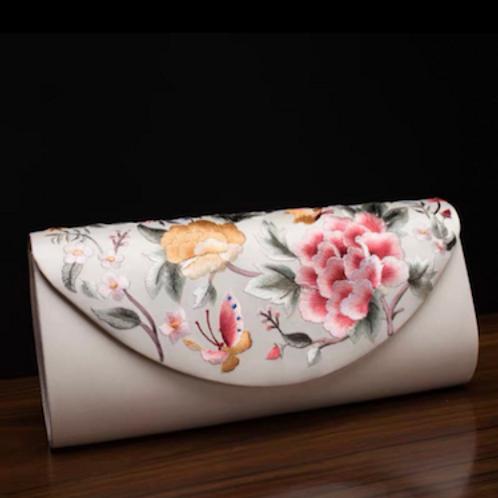 Vintage Mcqueen Shanghai Tang Vivienne traditional genuine silk embro clutch bag