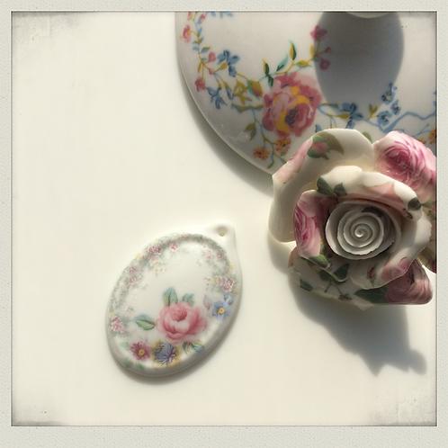 Muted edge Porcelain Pendant