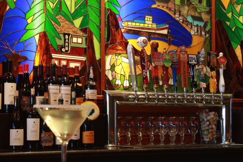 Full Bar and Restaurant, Eureka Ca
