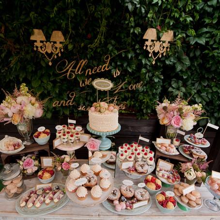 ¿Sabes de qué se trata un Candy Bar o Mesa de dulces decorada?