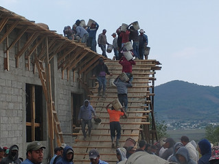 POURING THE ROOF IN AGUACATENANGO
