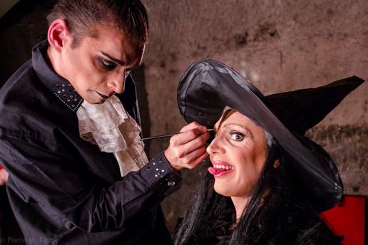 Retouche maquillage avant spectacle