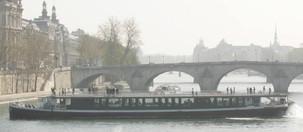 Bateau Boréas sur la Seine