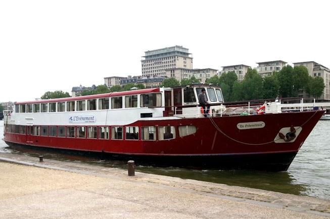 bateau L'ÉVÉNEMENT