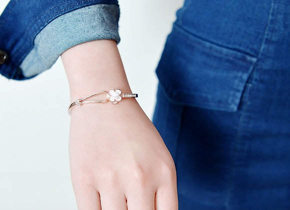 Flower Style Bangle