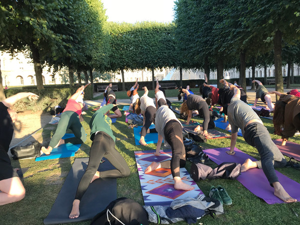 Outdoor yoga - Yoga Cub Paris