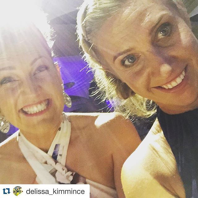 Our very own _delissa_kimmince and _lauraharris968 all dressed up #ABmedal _crowncasinomelbourne #ES