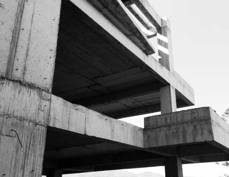 Abandonned concrete building in Crete