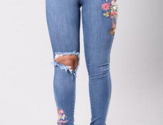 Rip Style High Waist Floral Embroidered Jeans