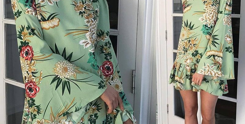 Green Blossom Floral Bell Sleeve Boutique Party Dress