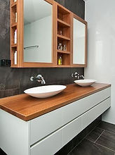 dual_bathroom_sink2.jpg
