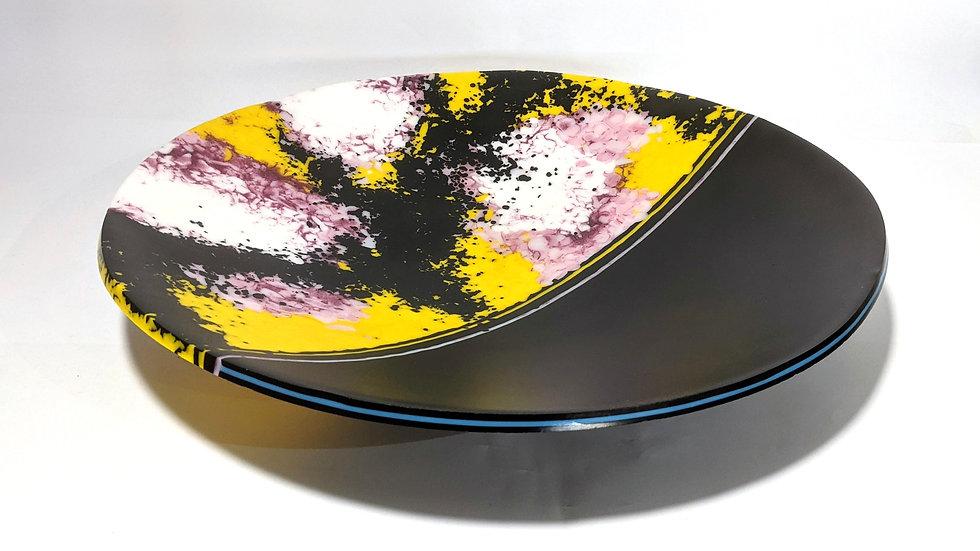 Centre pieceshallow bowl.