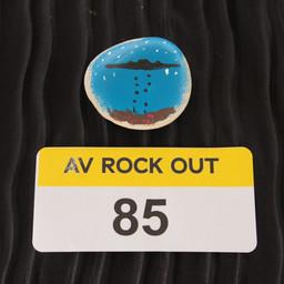 AV ROCK OUT 85