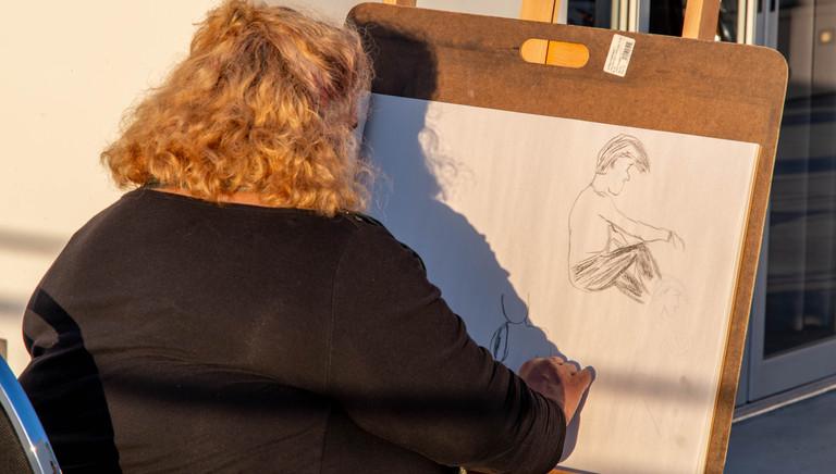 moah-live-figure-drawing_11-22-2020-27.j
