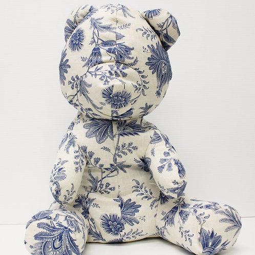 Victor Wilde's Teddy Bear - China