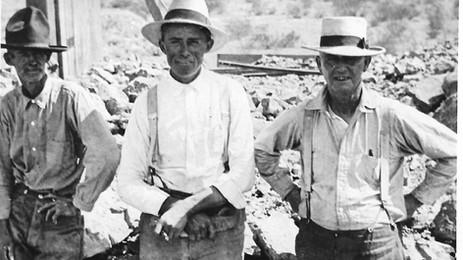 Mineros Locales - En Español