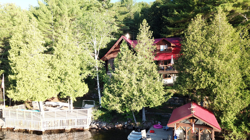 Cottage drone photo.JPG