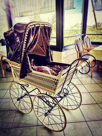 150 jähriger Kinderwagen