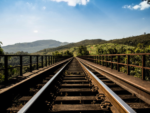 "3 ""Derailers"" That Can Wreck Havoc on Your Company's Ability to Innovate"