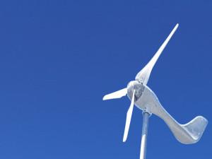小型風力発電機