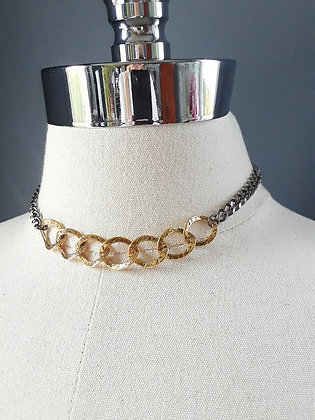 Avaasi -Two Tone Chain Necklace
