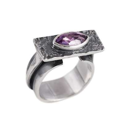 Unfettered Adornment - Clarity Point RIng