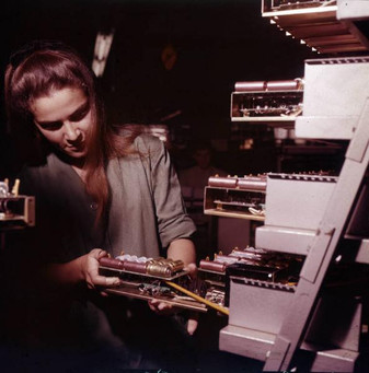 Assembly line for power supplies for the IME 86S desktop electronic calculators 9/20/1967
