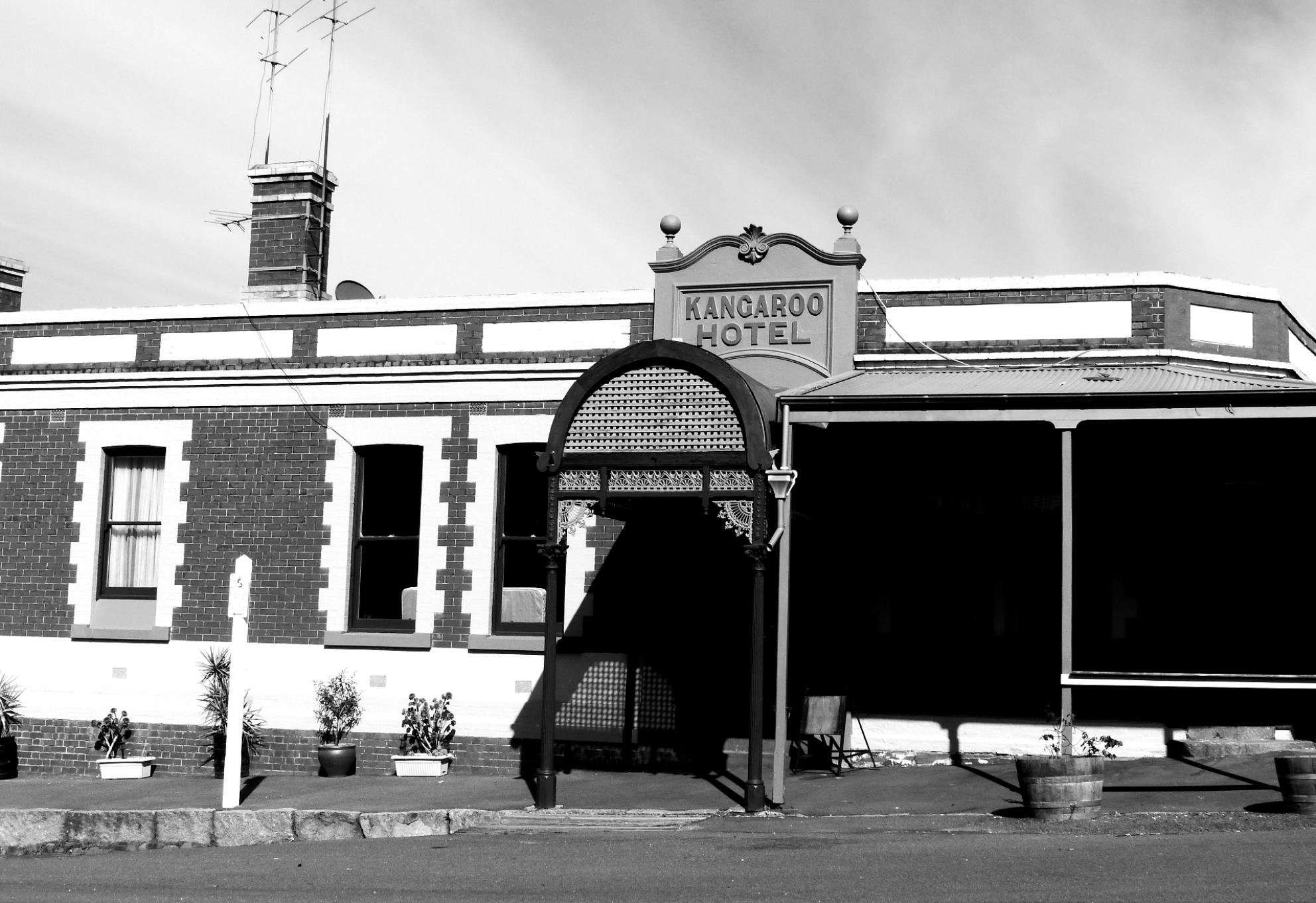 Kangaroo Hotel