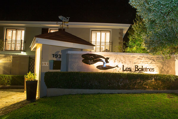 Les Baleines Guesthouse.jpg