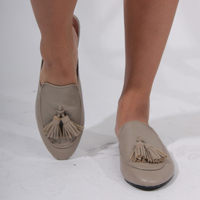 Mules with Tassle