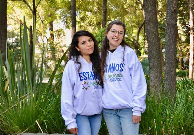 Mirela Barrios y Nallely Alarcón