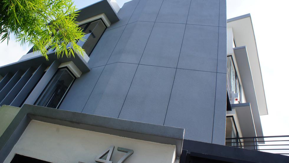 HOUSE 47