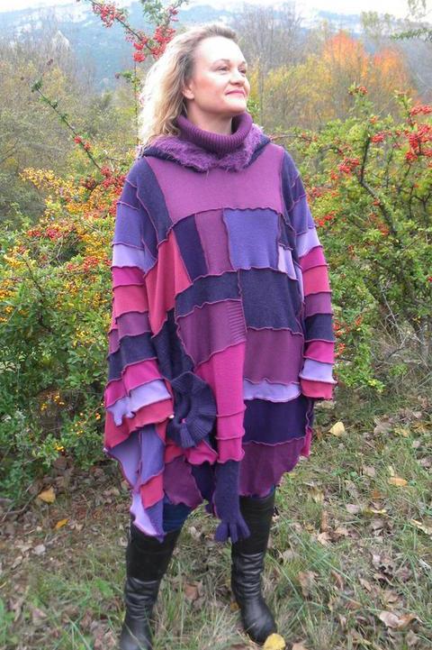 Poncho patchwork long violet à capuche