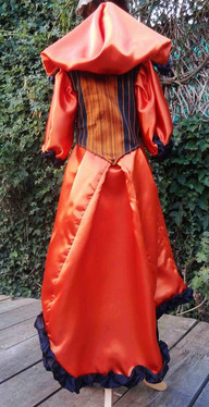 Robe satin orange
