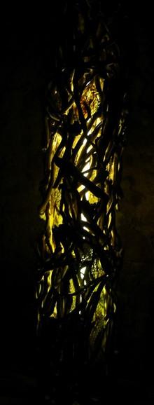colonne-lumiere-jaune-2.jpg