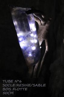 luminaires-lampe-tube-interieure-exterie