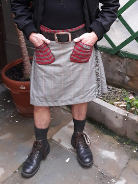 Modern Kilt prince de galle poche avant