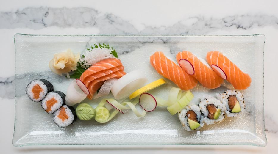 SushiHana-50.jpg