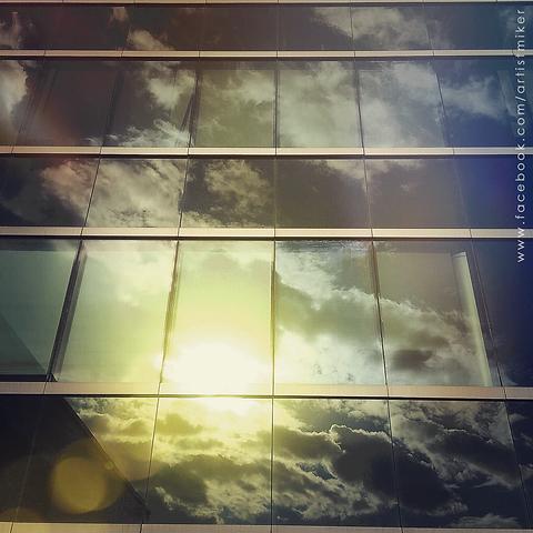 web_photography_art_reflect.png