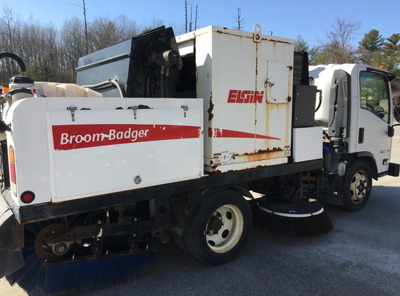 2015 Elgin Broom Badger