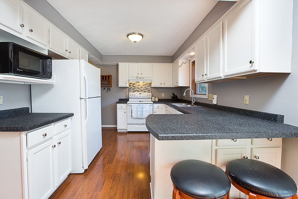 Updated Kitchen Cabinets and Countertops, How To Get The Most Money When Selling, Vandy Real Estate, Elegant Exposure