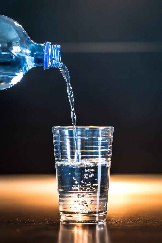 image by jarmoluk, pixaby, bottled water