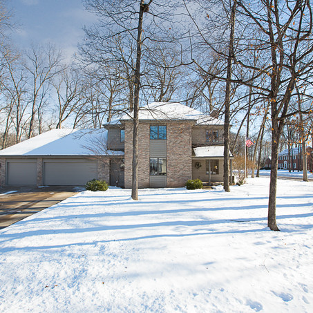 5 Reasons Why Listing Your House In The Winter Could Mean TOP DOLLAR!!