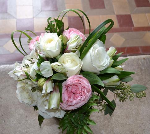 Bride's maid bouquet by Joan Greene Studio
